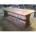Pedestal church Dingklik Dining Table